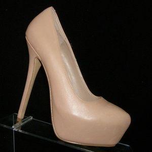 Steve Madden Delerius nude leather heels 6.5